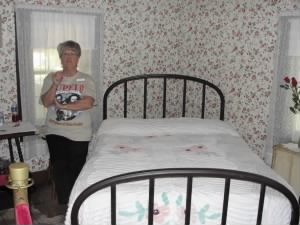 The Bed that Elvis Presley was born in