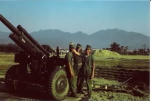 More Marine friends at their assigned gun ( 4) Bravo battery Feb '66.JPG