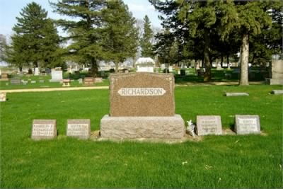Richardson Headstone - Fold3.com