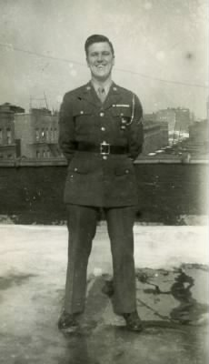 Bob in uniform.jpg
