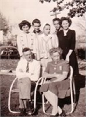 Devore Family 1944 (original)