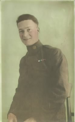 Leslie Eickhoff in uniform.jpg