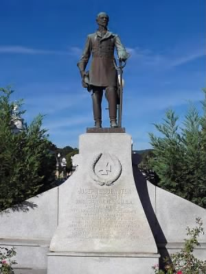 450px-Joseph_E_Johnston_monument_in_Dalton_GA.jpg