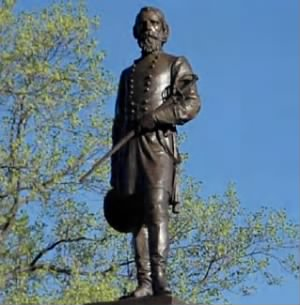 Confederate General A.P. Hill statue in Richmond, Virginia.jpg