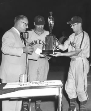 1956-siebert-horning-trophy.jpg