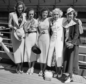 US Olympic Womens Swim team- Edith Mobridge, Eleanor Holm Jarrett, Katherine Rawls, Dorothy Poynton Hill, Lenore Kight Wingard..jpg